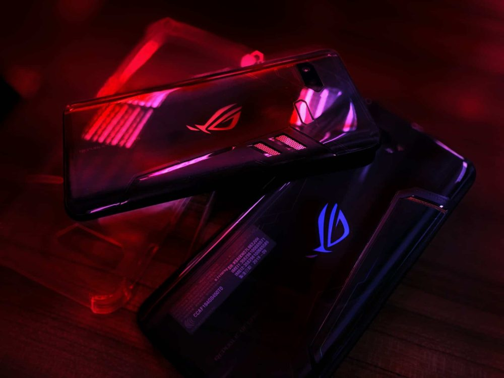 ASUS introduced the new ROG Phone 3 for mobile gamers, featuring great specs and long battery life.