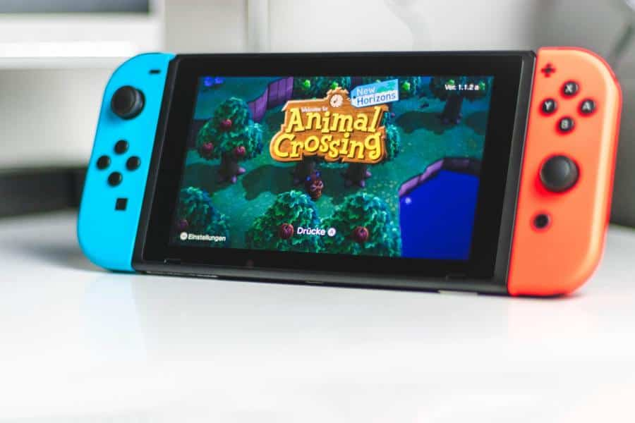 Strong sales of Animal Crossing: New Horizons and the Switch have led Nintendo to post record quarterly earnings of $1.37 billion.