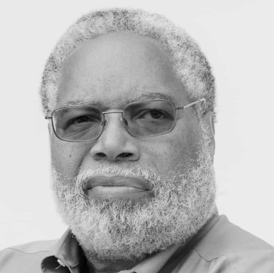 Smithsonian's Leader Says 'Museums Have a Social Justice Role to Play'.Interview with Lonnie Bunch