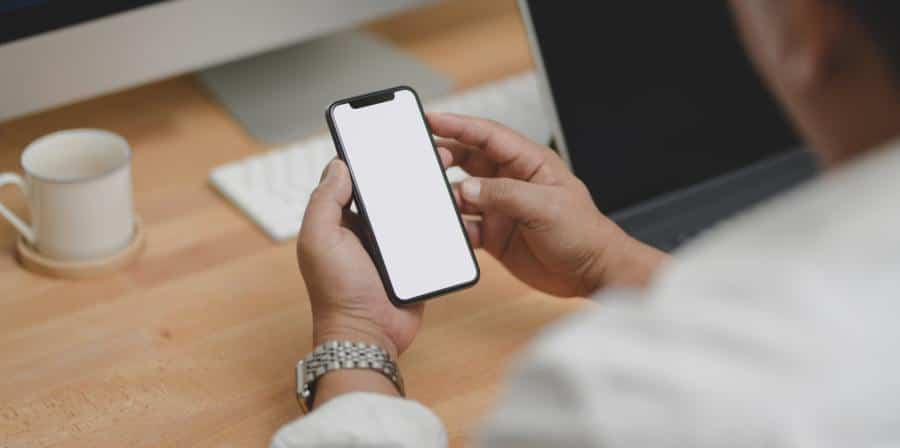 Apple Delays Privacy Feature Bundled with iOS 14