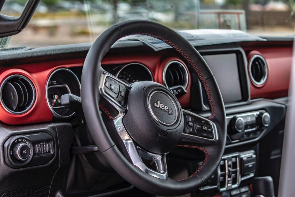 Fiat Chrysler Gives Sneak Peek to Luxury Vehicle Jeep Grand Wagoneer