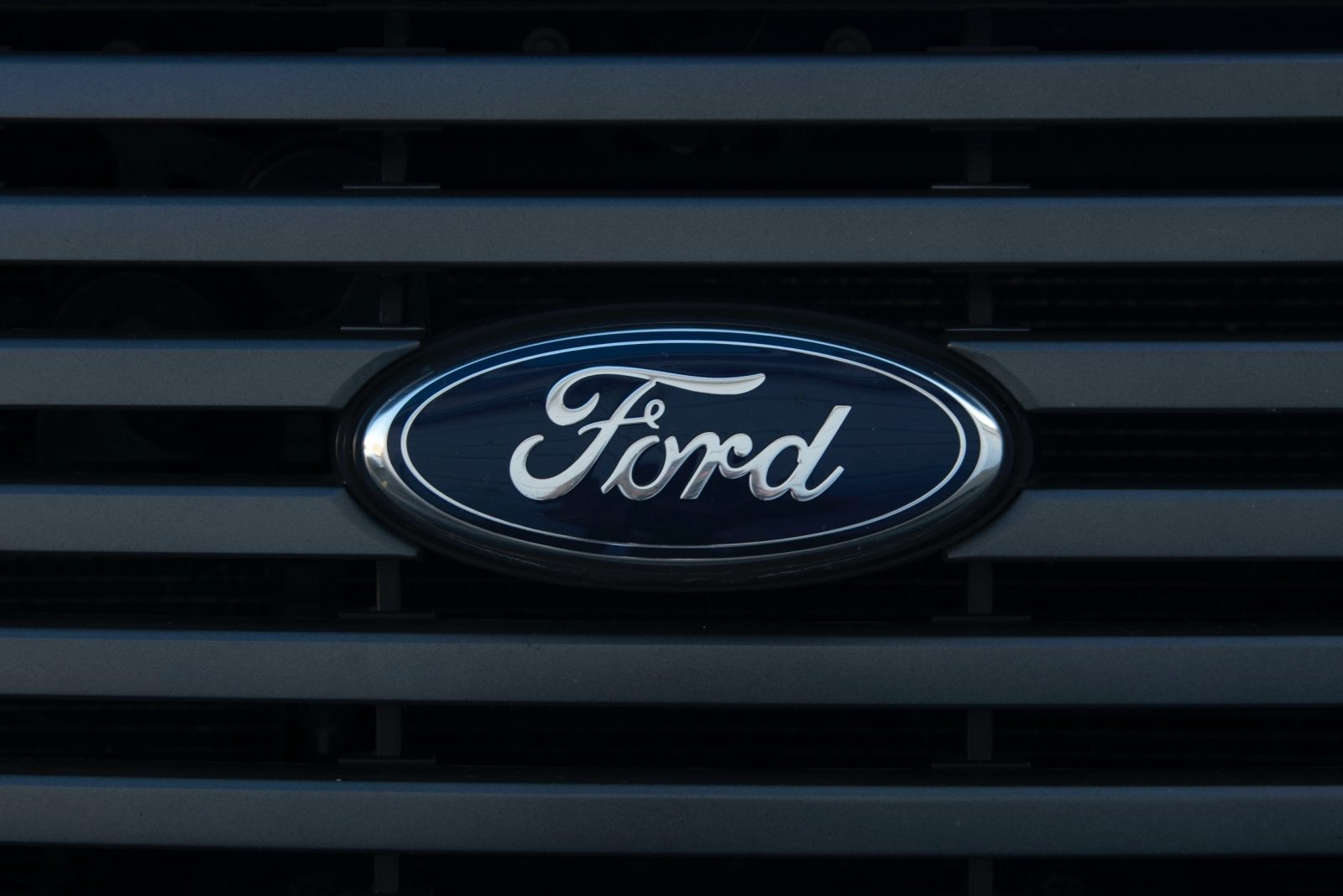 Ford Ready to Unveil Electric Delivery Van
