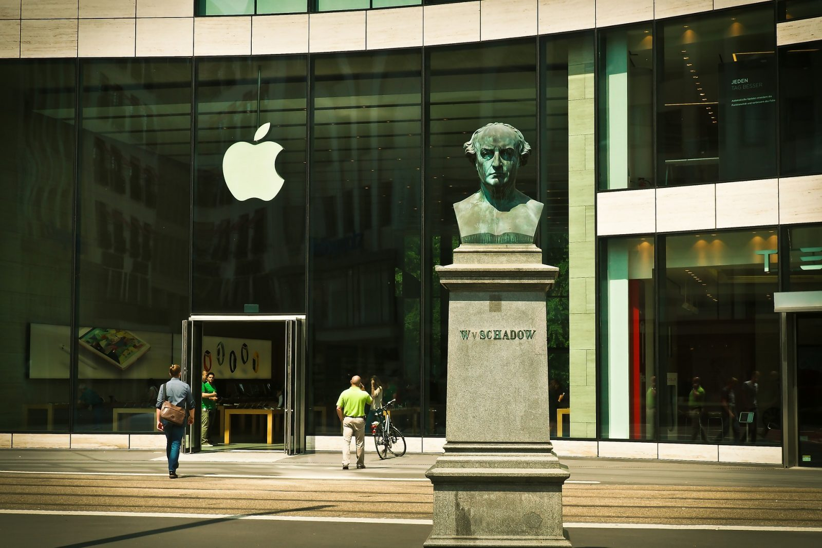 Morgan Stanley Analysts Say Apple's Stock Could Still Rise